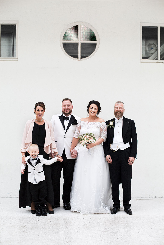 Fjölskylda brúðhjóna í Listasafni Reykjavíkur